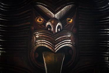 Traditionally carved Maori figure, face, Waitangi, Far North District, Northland, North Island, New Zealand, Oceania