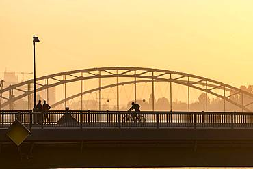 Osthafenbruecke, Sunrise, Frankfurt am Main, Hesse, Germany, Europe