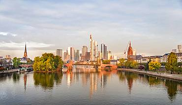The Old Bridge over the Main with skyline, skyscrapers in the banking district in the morning light, Frankfurt am Main, Hesse, Germany, Europe