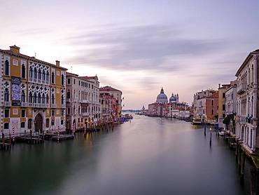 Canal Grande, at the back the church Santa Maria della Salute, Venice, Veneto, Italy, Europe