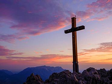 Summit cross in red sky, Jenner, 1874m, Untersberg at the back, Berchtesgaden National Park, Berchtesgaden Alps, Schoenau am Koenigssee, Berchtesgadener Land, Upper Bavaria, Bavaria, Germany, Europe