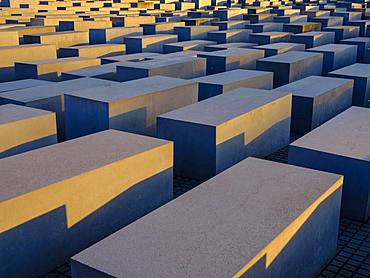 Holocaust Memorial by architect Peter Eisenman, Memorial to the Murdered Jews of Europe, Tiergarten, Mitte, Berlin, Germany, Europe