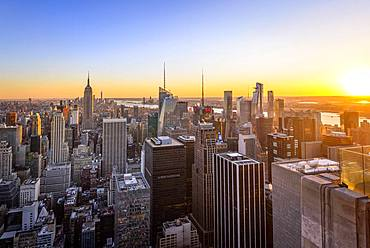 View of Midtown and Downtown Manhattan and Empire State Building from Top of the Rock Observation Center at sunset, Rockefeller Center, Manhattan, New York City, New York State, USA, North America