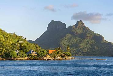 Harbour of Faanui in front of the Mont Otemanu volcano, Faanui, Bora Bora, French Polynesia, Oceania
