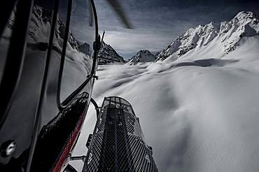 Helicopter Snowboarding, Himalayas, Gulmarg, Kashmir, India, Asia