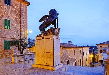 Monument Lleo de Sant Marc in the church square at dusk, Sineu old town, Majorca, Balearic Islands, Spain, Europe