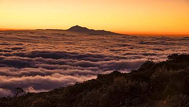 Sunrise, view from La Palma to the neighbouring island Tenerife with the Teide, Canary Islands, Canary Islands, Spain, Europe