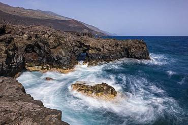 Surf and waves, Atlantic Ocean, south coast, La Palma, Canary Islands, Canary Islands, Spain, Europe
