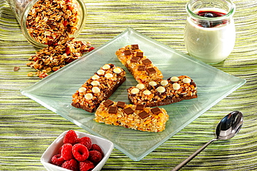 Crunchy bars, power bars, cereals, breakfast, Germany, Europe