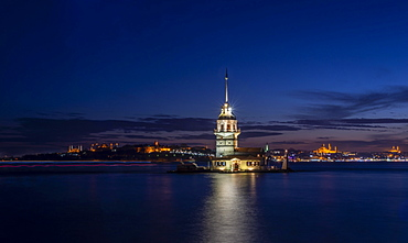 Lighthouse, Leander's Tower or Girls' Tower, Kiz Kulesi, blue hour, island in the Bosporus, Ueskuedar, Istanbul, Turkey, Asia