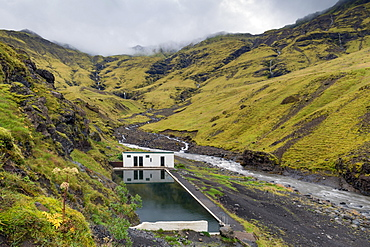 Natural swimming pool Seljavallalaug, Seljavellir, near Skogar, Suourland, Sudurland, South Iceland, Iceland, Europe
