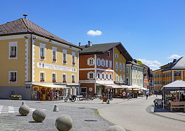 Marketplace with community centres, Mondsee, Salzkammergut, Upper Austria, Austria, Europe