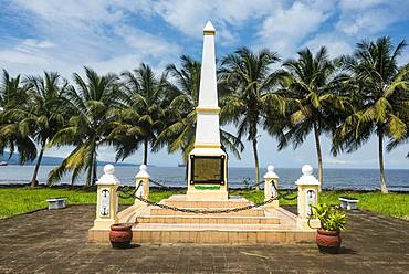 Monument commemorating the arrival of the Spanish on the island of Fernando Po, Bioko, Equatorial Guinea, Africa
