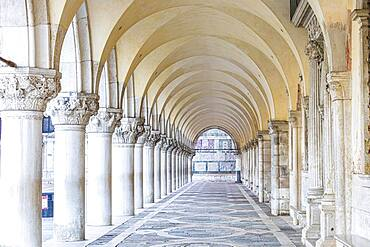 Arcades in the Doge's Palace empty of people due to the Corona pandemic, Venice, Veneto, Italy, Europe