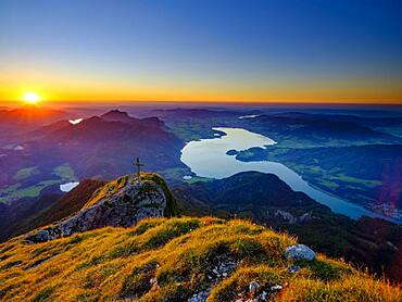 Sunset at Schafberg, below the Mondsee, Salzkammergut, Salzburger Land, Austria, Europe