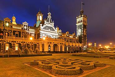 Dunedin Station, Oceania, Architect George Alexander Troup, Otago, South Island, New Zealand, Oceania