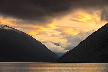 Sunset at Lake Rotoiti, Oceania, Mount Robert, Nelson Lakes National Park, Tasman District, South Island, New Zealand, Oceania