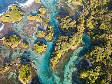 Aerial view, tropical mangrove islands in the Caribbean, Escudo de Veraguas, Panama, Central America