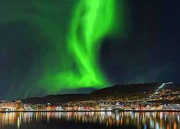 Northern lights in the city of Bergen Norway