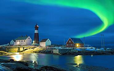 Northern lights Hamaroy lighthouse in Norway