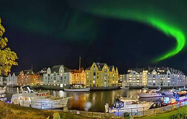 Alsesund harbour panorama northern lights Norway