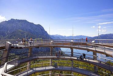 Observation tower at the tree top path Salzkammergut at Gruenberg with Lake Traun and Traunstein, Gmunden, Salzkammergut, Upper Austria, Austria, Europe