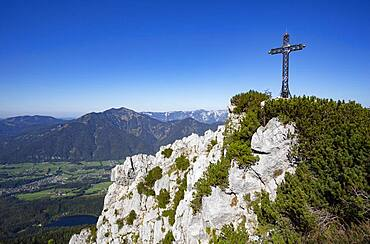 Franz Josef Cross on Mount Katrin, below Nussensee, Bad Ischl, Salzkammergut, Upper Austria, Austria, Europe