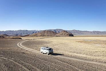 Road between Olgii and Biluu, Altai Mountains, Olgii, Mongolia, Asia