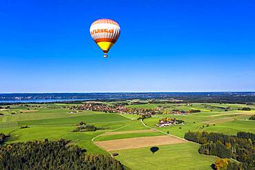 Aerial view, hot air balloon ride, behind the Starnberger See, Upper Bavaria, Bavaria, Germany, Europe