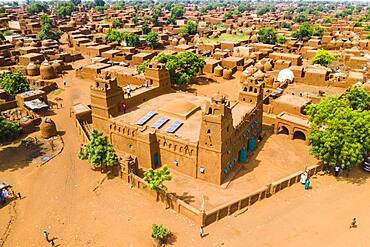 Aerial view, local view, Yama Mosque, Sudano-Sahel Architecture, Yaama, Niger, Africa