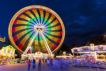 Ferris wheel at night, long time exposure, Biberacher Schuetzenfest, Gigelberg amusement park, Biberach a. d. Riss, Upper Swabia, Baden-Wuerttemberg, Germany, Europe