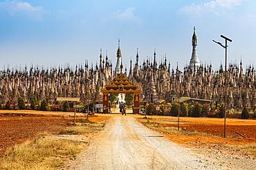 Kakku's pagoda with its 2500 stupas, Kakku, Shan state, Myanmar, Asia