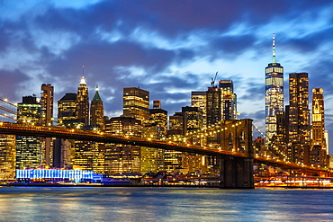 Skyline night city Manhattan Brooklyn Bridge evening America World Trade Center WTC in the, New York City, USA, North America