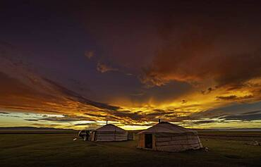Sunset in the Mongolian steppe, Arkhangai province, Mongolia, Asia