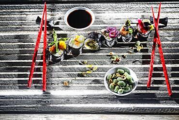 Sushi, Maki on wooden base