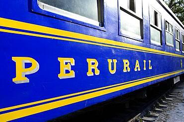 Train of the Perurail of the line Cusco to Machu Picchu, Hidroeletrica, province Urubamba, Peru, South America