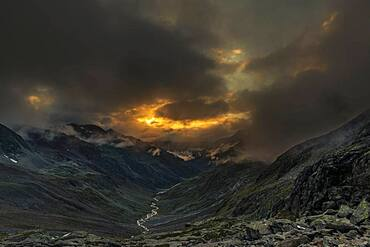 Sunset with dramatic clouds over Windbachtal, Soelden, Oetztal, Tyrol, Austria, Europe