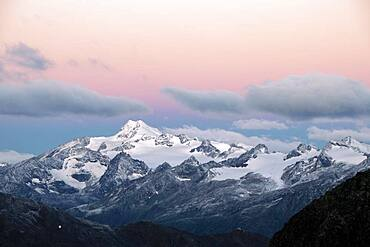 Sunrise over summit of Oetztaler Wildspitze, Soelden, Oetztal, Tyrol, Austria, Europe