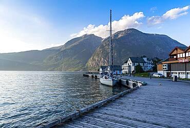 Harbour of Eidfjord village, Eidfjord, Vestland, Norway, Europe