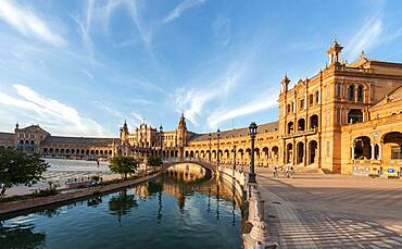 Bridge over a canal, Plaza de Espana in the evening light, Seville, Andalusia, Spain, Europe