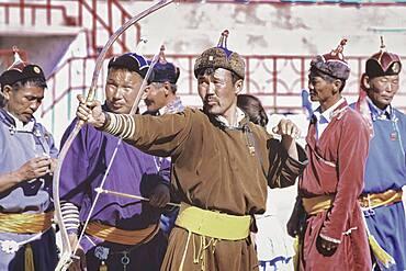Men archery competition, Ulan Bator, Mongolia, Asia