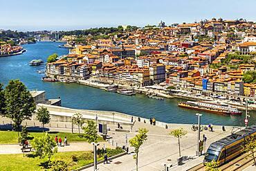 Cityscape of Porto and Vila Nova de Gaia with Douro River between, Portugal, Europe