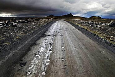 Track, Track, Valley of the Joekulsa, North Iceland, Highlands, Iceland, Europe