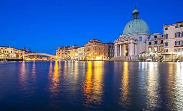 Church of San Simeone Piccolo on the Grand Canal, evening mood, Venice, Veneto, Italy, Europe