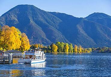 Ferry at the jetty, autumn, Tegernsee, Upper Bavaria, Bavaria, Germany, Europe