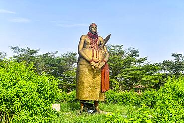 King´s statue outside the Benin National Museum in the Royal gardens, Benin city, Nigeria, Africa