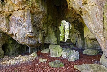 Rock gate Geisskirche, passage cave, mystical, hamlet Tuerkelstein, district of Goessweinstein, Upper Franconia, Franconia, Bavaria, Germany, Europe