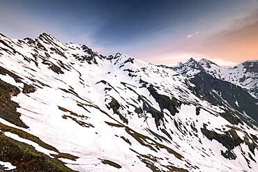 Summit of Grossglockner, Sonnenwelleck, Fuscherkarkopf, evening mood, Grossglockner High Alpine Road, Hohe Tauern National Park, Salzburg, Austria, Europe