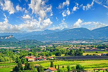 Adige Valley near Via Pastrengo, Via Pastrengo, Veneto, Italy, Europe