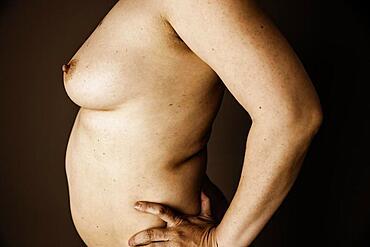 Female nude, side body view, studio shot, Germany, Europe